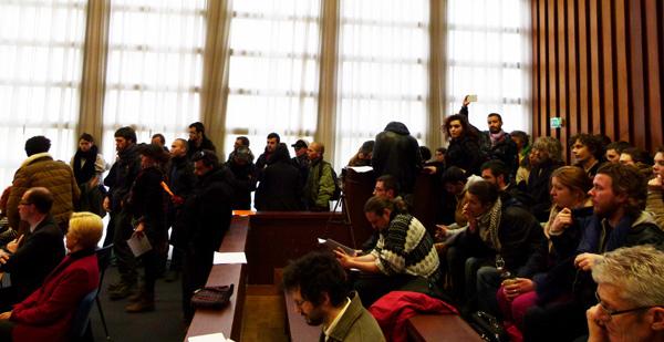 Les manifestants ont bloqué le conseil de Brest