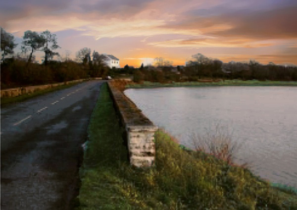 La route digue de l'étang de Sandun