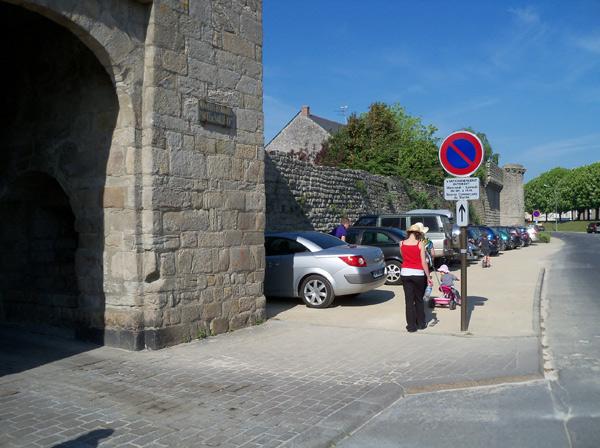 Le parking, Porte de Saillé, appelé à disparaître.