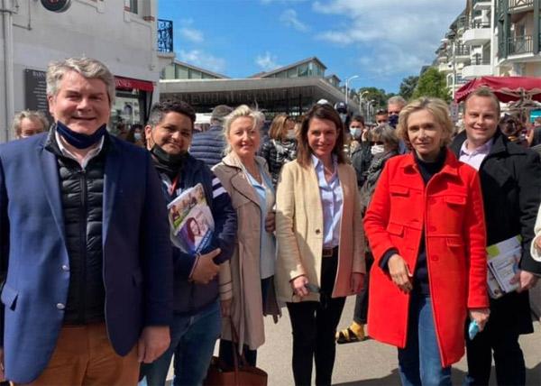 Rémi Raher en campagne à côté de Valérie Pécresse, Christelle Morançais, Franck Louvrier