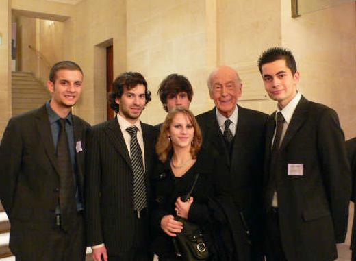 Valéry Giscard d'Estaing et les étudiants de La Baule et Nantes