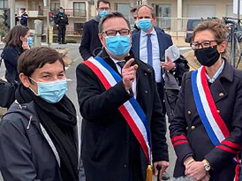 Annick Girardin ministre de la mer, Didier Cadro maire de La Turballe, Sandrine Josso députée.