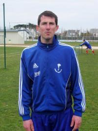 Mathieu Charbonneau, coach et buteur en B.