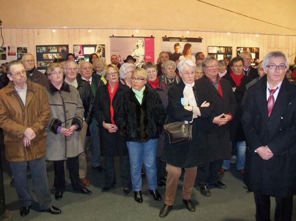 Un public très nombreux pour ce vernissage, à l'invitation de la municipalité.