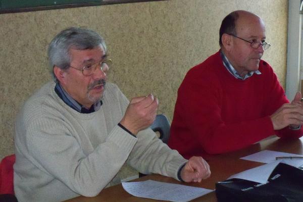 Le bureau du club de modélisme : Luc Domenech, président, Jean-Luc Lambert, trésorier, Jean-Louis Garcia, secrétaire.