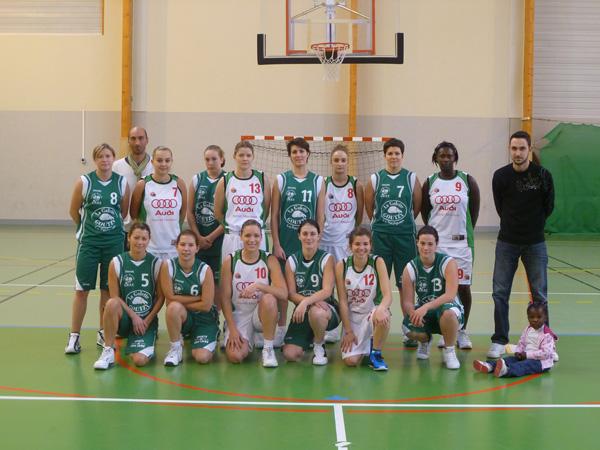 Les seniors filles coachées par Fabrice Destrée.