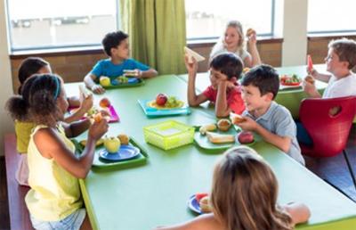 Cantine scolaire de nantes gr ve du personnel de la for Emploi cuisinier cantine scolaire