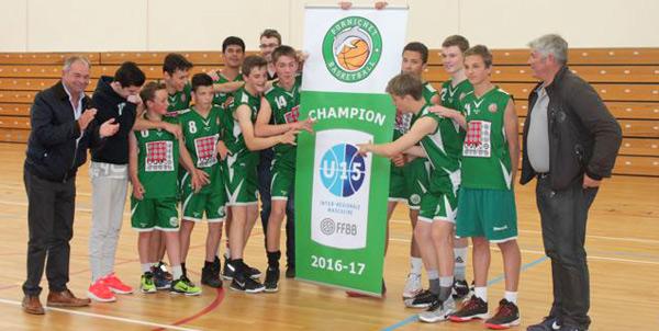 L'équipe Minimes Garçons , championne de France Inter-Régions Grand Ouest