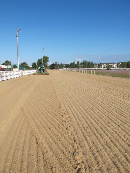 La piste de galop en sable fibré  fotofrance®