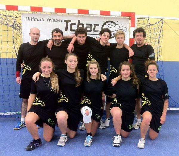 Ultimate frisbee Indoor : l'équipe 4 des Tchac de Pornichet