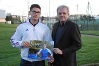 Elly Lefort a reçu le soutien de la municipalité nazairienne représentée, ici, par Éric Provost