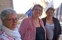 Pas de censure à Guérande selon  Stéphanie Phan Than (au centre)