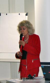 Dr Catherine Brunetière