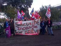 Les agents de sécurité incendie en grève à Heinlex