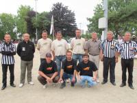 Equipe des gagnats en blanc avec G Labbé président du SNOS
