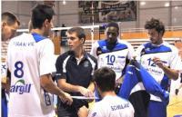 Gilles Gosselin et ses joueurs