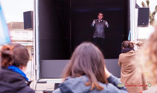 Les interventions holographiques des candidat·e·s. Une première mondiale !