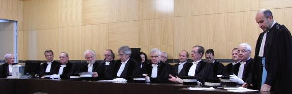C'est au cours d'une audience solennelle que le président du Tribunal de commerce Alain Lacroix (au milieu) a fait un bilan de l'année 2010. A droite, le vice-procureur Jean-Marie Blin.