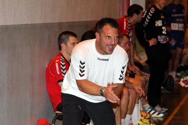 Steve Berger, l'entraîneur du SNHB, a tenté de communiquer son enthousiasme