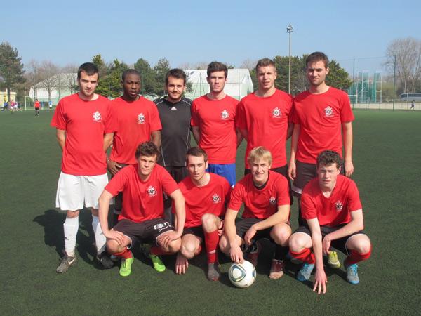 L'équipe de foot-ball IUT Saint-Nazaire