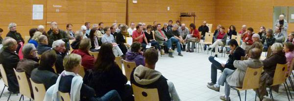Yvon Renevot PCF a animé le débat devant 70 personnes