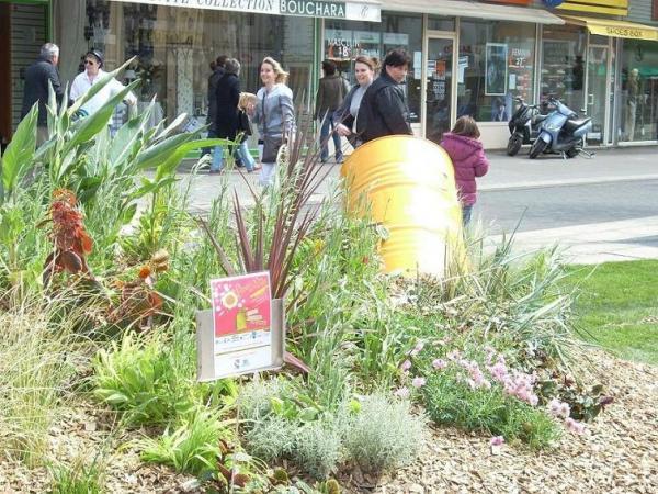 L'esplanade des droits de l'homme l'année dernière, sur le thème du recyclage.