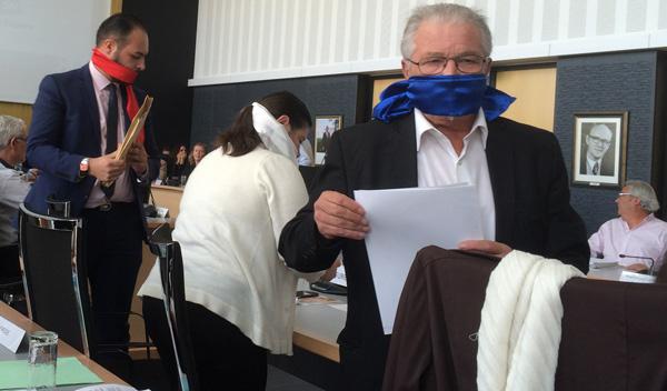 Le groupe Front National quitte la salle du conseil de Saint-Nazaire