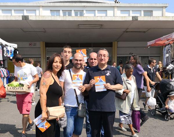 Les Patriotes sur le marché de Saint-Nazaire