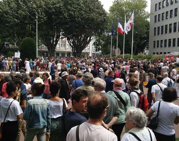 Manifestation anti pass Saint-Nazaire 31 juillet