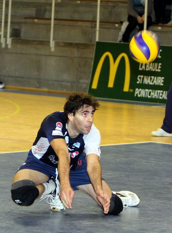 Sevillano aura eu peu de temps de jeu avec le retour de Moulinier