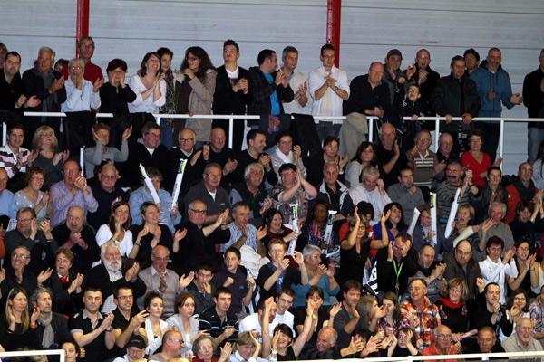 La réception du SNVBA fut loin d'être parfaite Plus de 2000 spectateurs étaient présents