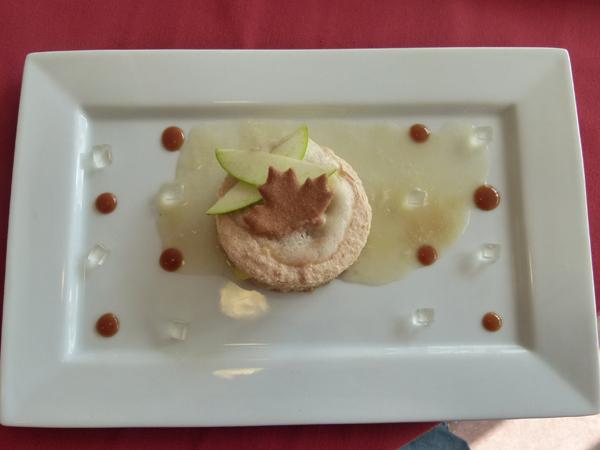 David Bernard Sablé aux pommes d'Herbignac, gelée de Manzana et caramel