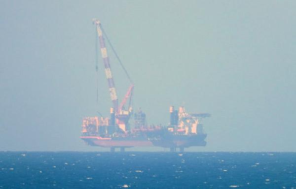 4 mai 2021, Navire AEOLUS d'IBERDROLA (140m x 45m) depuis la pointe de Pléneuf