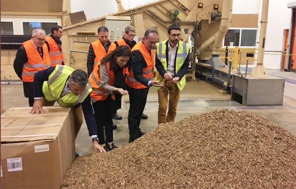 La présidente Morançais en visite à LTR industries