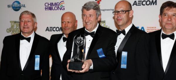 Philippe De Villiers reçoit l'Oscar de la Meilleure Création au Monde