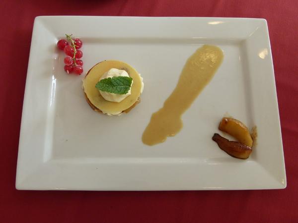 Dylan Michelet Feuillantine poire diplomate, caramel de pommes au cidre