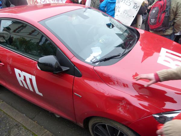 Notre Dame des Landes La voiture RTL dégradée par des manifestants