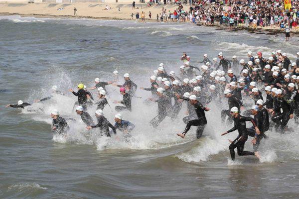 Le départ de l'épreuve de natation sera donné sur la plage de Sorloc